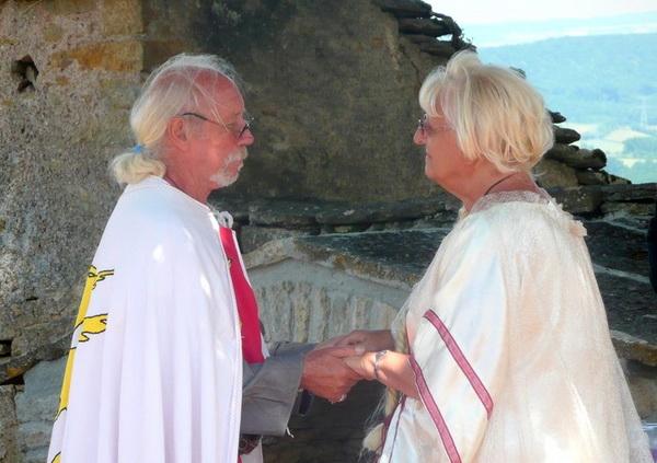 noces-d-or-renouvellent-de-voeux-adeuxmainstenant-ceremonie-laique-13