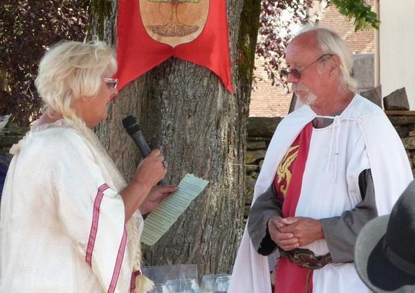 noces-d-or-renouvellent-de-voeux-adeuxmainstenant-ceremonie-laique-15