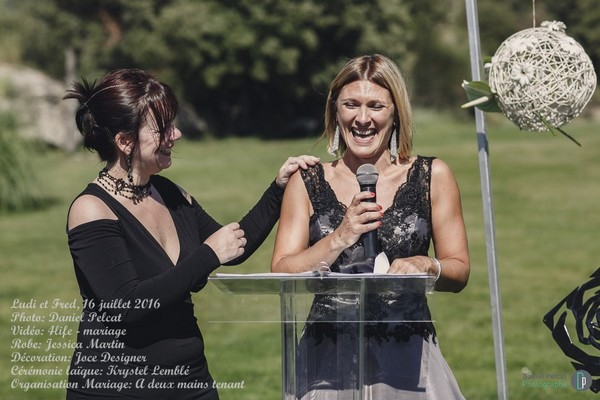 mariage-ludivinefrederic-a_deux_mains_tenant (30)