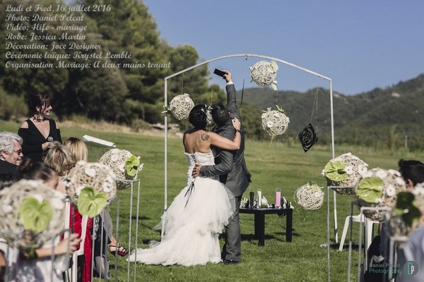 mariage-ludivinefrederic-a_deux_mains_tenant (38)